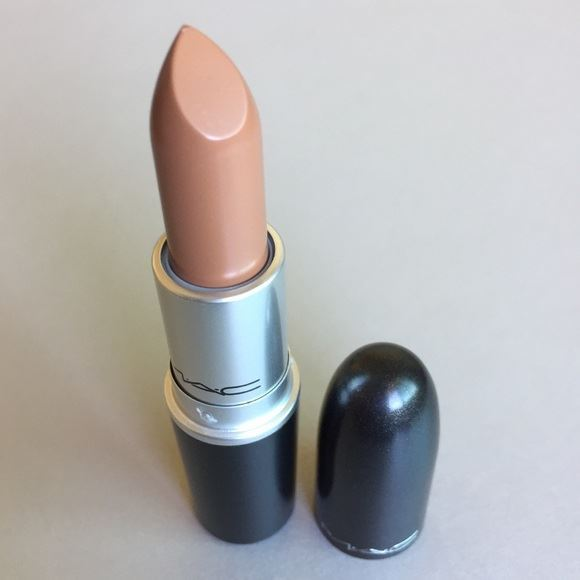 Picture of M.A.C matte lipstick/A GIRL'S GOT NEEDS